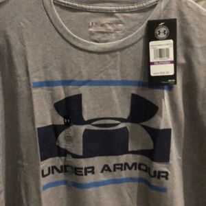 Tops - Men's Under Armour Shirt